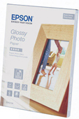 S042156: Epson Genuine Glossy Photo Paper, 5x7 Size, 40 Sheets, 255gms